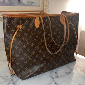 NEVERFULL GM Louis Vuitton Handbag w/Pouch